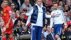 """Thắng trận, Mourinho vẫn """"tung cờ trắng"""" trước Liverpool, Man City"""