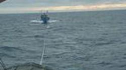 Hà Tĩnh: Cứu sống 4 ngư dân gặp nạn trên biển