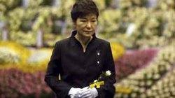 Tổng thống Hàn Quốc xin lỗi nhân dân vụ chìm phà