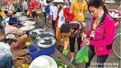 Tiểu thương bỏ chợ ra… đứng đường