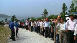 Quảng Bình: Hàng vạn người đổ về viếng mộ Đại tướng Võ Nguyên Giáp