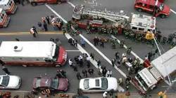 Tàu điện ngầm gặp nạn, 1.000 người bị mắc kẹt