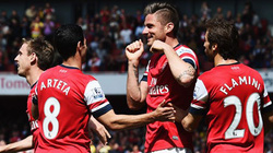 Giroud tỏa sáng, Arsenal giành trọn 3 điểm