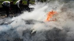 Ukraine: Lực lượng biểu tình bỏ chạy khỏi ngoại ô Slavyansk