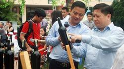 Kỷ lục đấu giá: 35 triệu đồng hai chai Vang Đà Lạt in ảnh Hạ Long xưa
