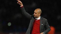 """""""Nóng máu"""", Guardiola dọa rời Bayern"""
