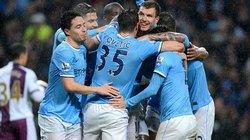 """Đại thắng 4 """"sao"""", Man City chạm tay vào chức vô địch"""
