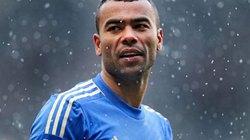 """M.U, Man City quyết chiến vì """"người thừa"""" của Chelsea"""