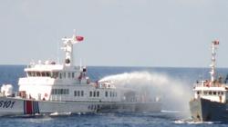 Trung Quốc đưa thêm tàu, tiếp tục va tàu Việt Nam