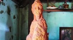 """Đào ao phát lộ tượng đá ong có hình """"Đức Phật Quan Âm"""""""