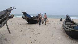 Tàu giã cào  làm hại ngư dân