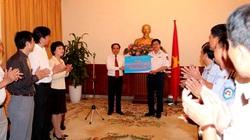 PetroVietnam trao 1 tỷ đồng cho lực lượng Cảnh sát biển và Kiểm ngư Việt Nam