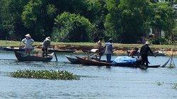 Quảng Nam:  Tàu cá đâm chìm ghe của người đi câu
