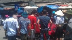 Hà Nội: Dân vây bắt 3 kẻ đi xế hộp trộm thẻ điện thoại