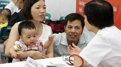 ILO ủng hộ chính sách nghỉ thai sản cho người bố