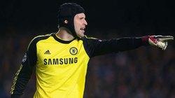 Mourinho ra tối hậu thư cho Petr Cech