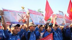Sinh viên ĐH Nha Trang mít-tinh phản đối Trung Quốc