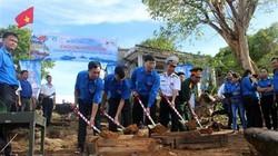 Xây dựng cột cờ Tổ quốc tại đảo Thổ Chu