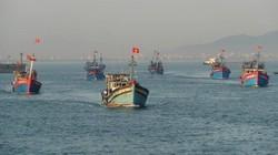 Cùng ngư dân đối mặt với tàu Trung  Quốc
