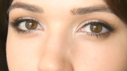 Cách make-up mắt tuyệt đẹp cho người mới trang điểm