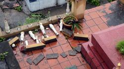 Cận cảnh hàng chục ngôi mộ đồng loạt sụt nứt bất thường ở Quảng Ninh