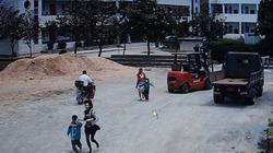 Trung Quốc: Mang dao đến trường tiểu học, đâm 8 học sinh bị thương