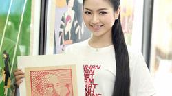 Hoa hậu Ngọc Anh rạng ngời tuyên truyền tranh cổ động