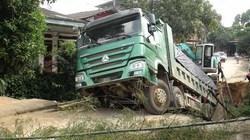 Yên Bái: Xe tải 30 tấn chạy qua, cả cây cầu đổ sập