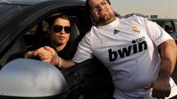 SỐC: Ronaldo tặng 25 tỷ đồng cho các nhân viên Real Madrid