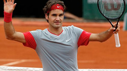 Federer tiếp tục lập kỉ lục mới tại Roland Garros