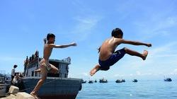 Chùm ảnh: Những đứa trẻ Lý Sơn nối nghiệp 'hùng binh'
