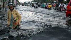 Sau cơn mưa chiều, Sài Gòn ngập nặng