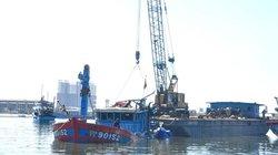 Chùm ảnh trục vớt thành công tàu cá Đna 90152 bị Trung Quốc đâm chìm