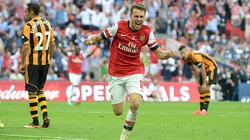 """Bị """"tập kích"""", Arsenal đứng trước nguy cơ mất siêu tiền vệ"""