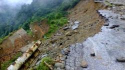 Lũ quét, lở đất 'cắt đôi' quốc lộ nối Lai Châu-Điện Biên