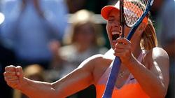 """""""Búp bê"""" Sharapova vào chung kết 3 năm liên tiếp"""
