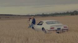 """100 dollars và chiếc xe """"Pontiac"""" cũ kỹ"""