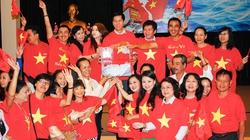 Nghệ sĩ TP.HCM đồng lòng quyên tiền ủng hộ Hoàng Sa, Trường Sa
