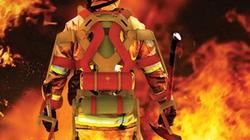 """Bộ đồ Iron Man giúp lính cứu hỏa """"cực nhàn"""""""