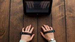 """Công nghệ mới: Bàn phím """"vô hình"""" như phim viễn tưởng"""