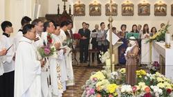 Người Việt Công giáo tại Séc hướng về biển đảo quê hương