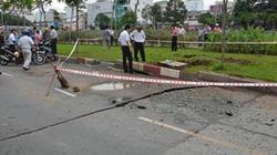 TP.HCM: Mặt đường phát nổ, nứt toác trong cơn mưa lớn