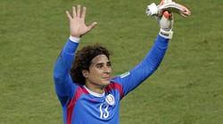 """Arsenal """"săn"""" người hùng trận Brazil - Mexico"""