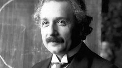 Hé lộ bức thư tố 'thói trăng hoa' của thiên tài Albert Einstein