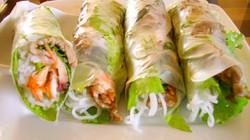 Sài Gòn Bánh tráng hội: Bánh tráng cuốn số 1