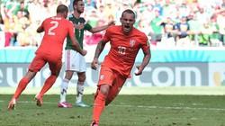 """Hà Lan 2-1 Mexico: """"Cơn lốc màu da cam"""" ngược dòng không tưởng"""