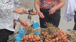 Quả vải Trung Quốc tràn vào Việt Nam, bán gần chục tấn/ngày ở Lạng Sơn