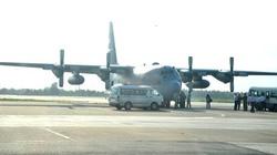 """Khám phá """"siêu máy bay"""" Mỹ vừa đến Đà Nẵng"""