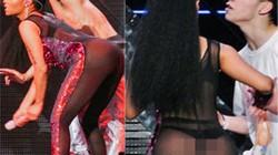 Nicki Minaj mặc áo liền quần xuyên thấu gây sốc