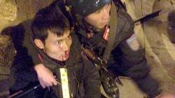 Bị yêu cầu dừng xe, thanh niên bỏ chạy đâm gãy chân cảnh sát